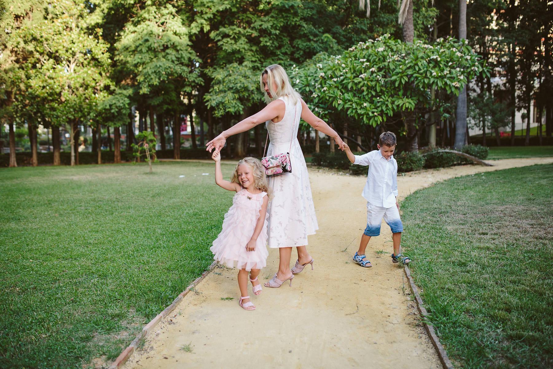 Семейная съемка в парке Марбельи