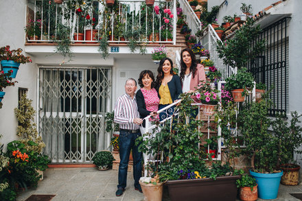 Family photo session in Mijas Pueblo