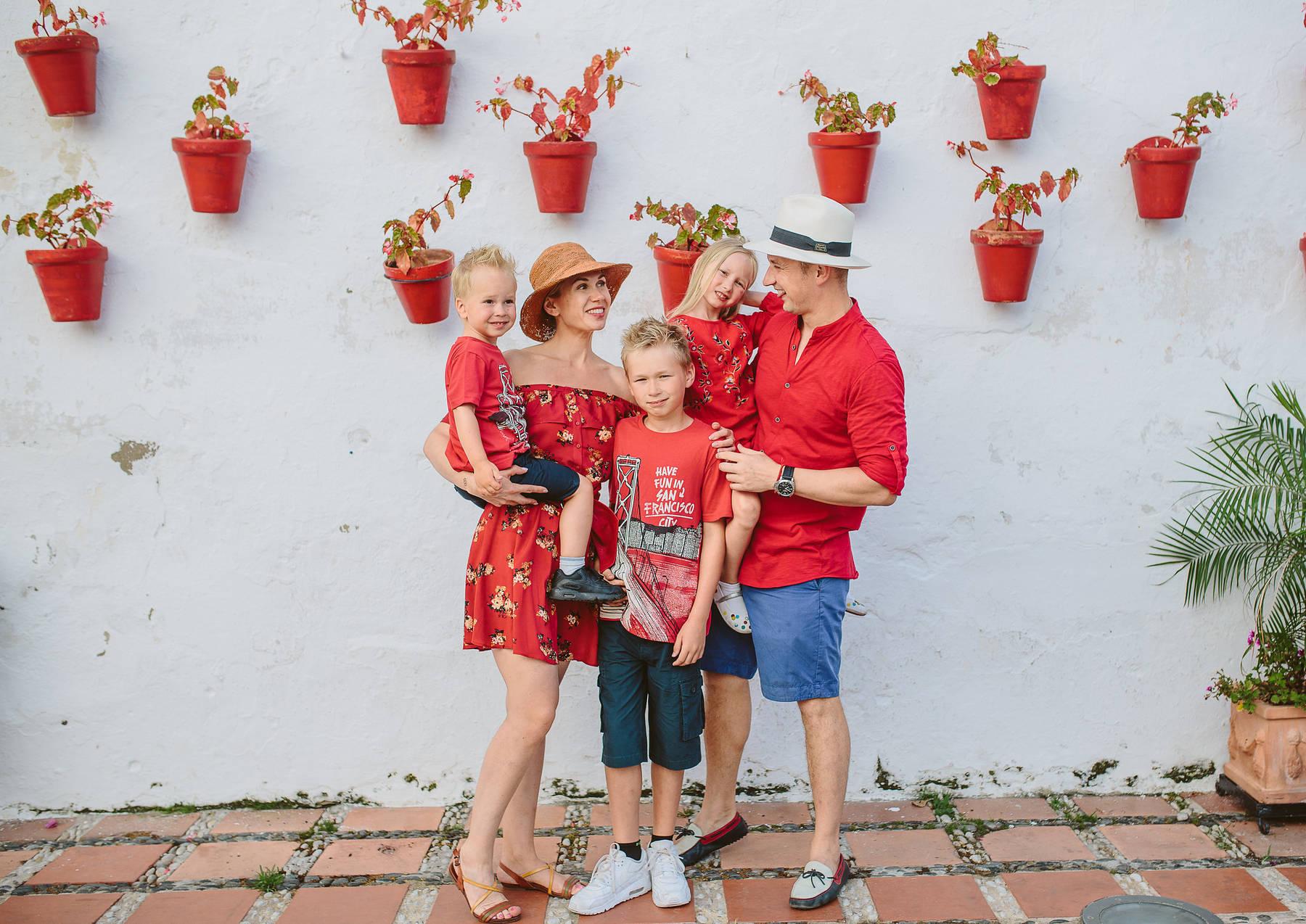 Семейная прогулка в Марбелье