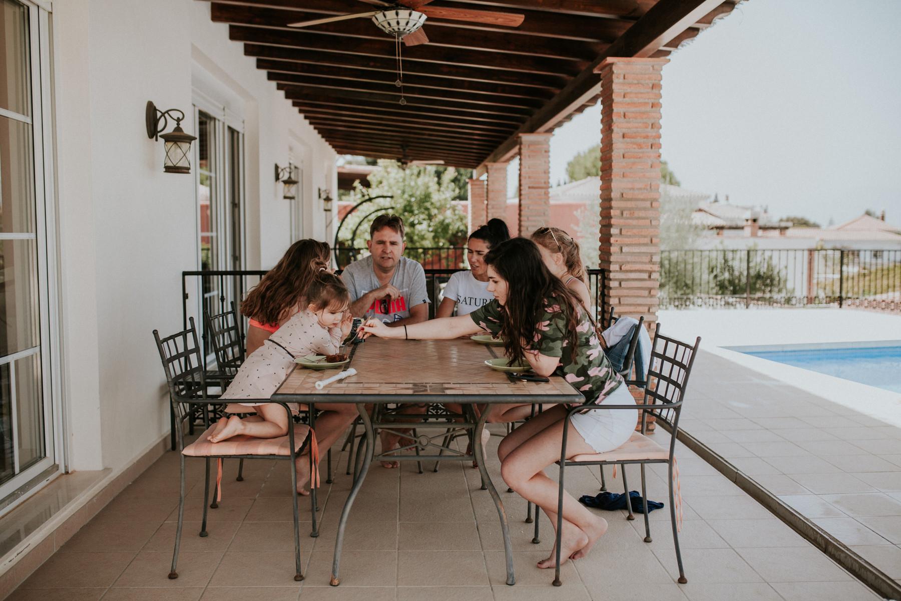 Фотограф в Испании, документальная семейная фотография